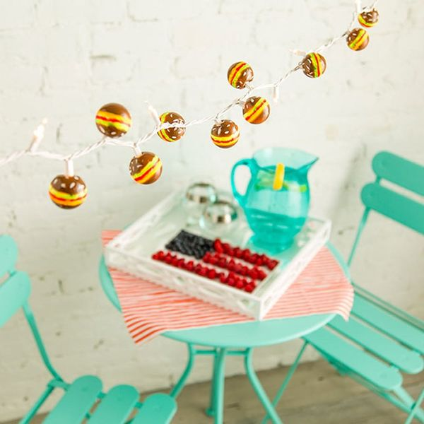 Create Quirky Hamburger String Lights for Your Summer BBQs