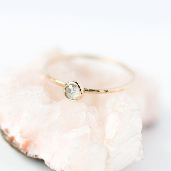 10 Minimalist Diamond Engagement Rings for the Modern Bride
