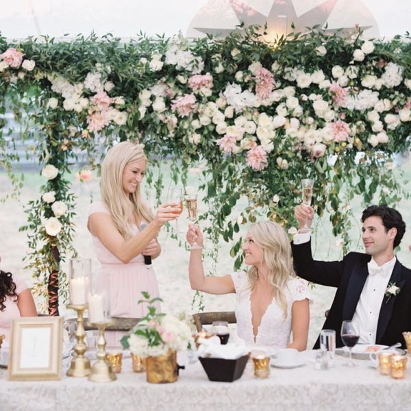 How to Give the Perfect Wedding Toast for Your Bestie's Big Day