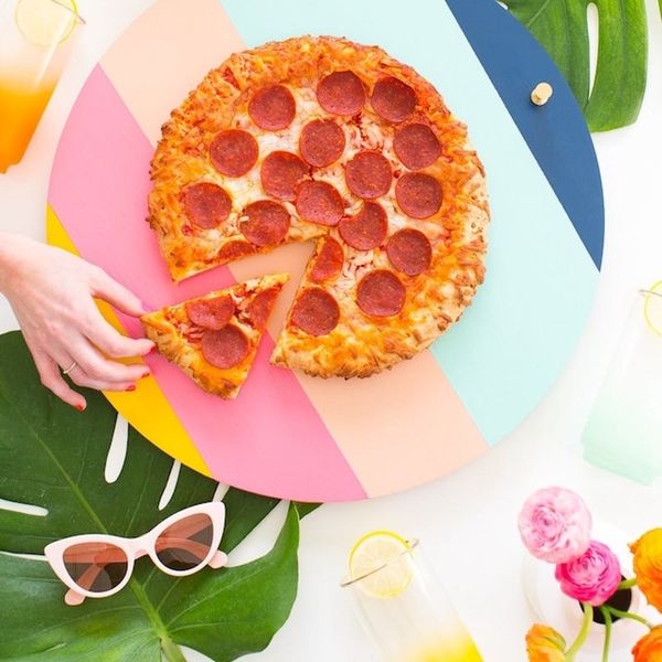 What to Make This Weekend: Retro Lazy Susan, Rose Gold Headphones + More