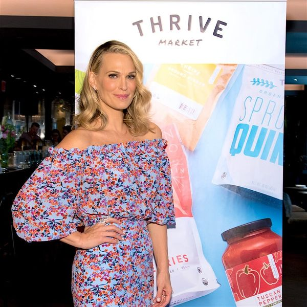 Molly Sims Has Some REALLY Good Advice for Women Waiting to Get Pregnant