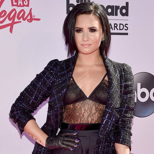See Which Star Was Twinning With Demi Lovato on the Billboard Music Awards Red Carpet