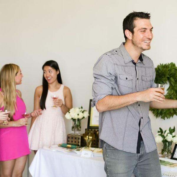 The Dos and Don'ts of Seeing an Ex at a Party