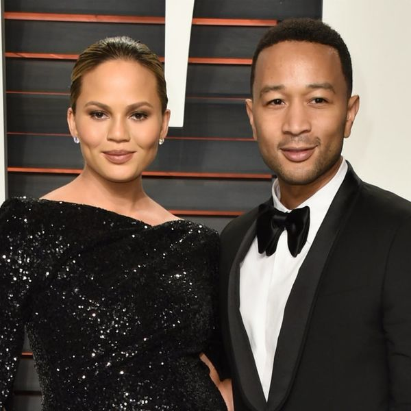 Hero Husband John Legend Defends Chrissy Teigen Against Mom Shamers on Twitter