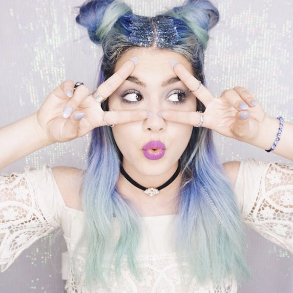 10 Instababes Who Are All About Glitter Roots