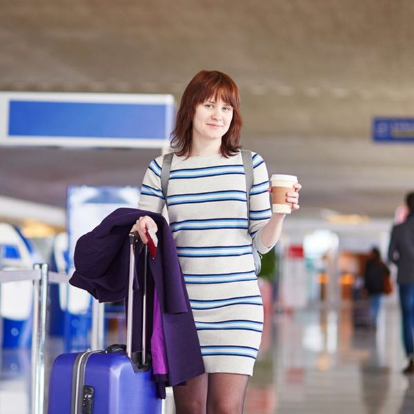 6 Expert Tips on How to Eat Healthy at the Airport