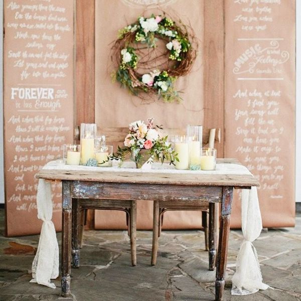 10 Adorable Sweetheart Tables for Your Spring Wedding