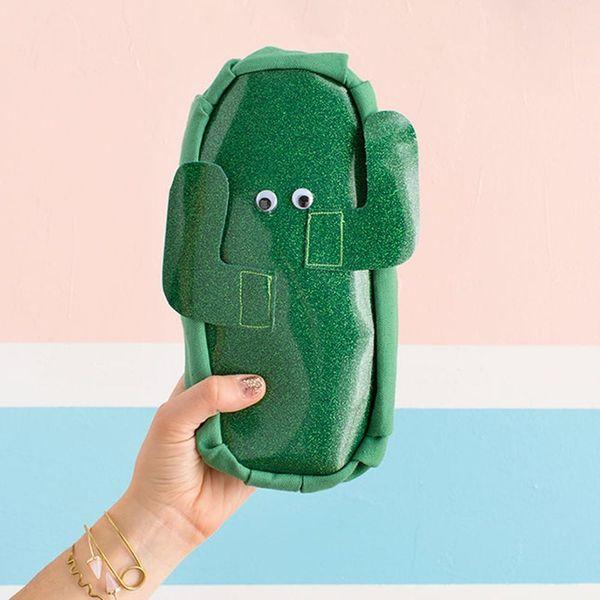 $10 DIY Project: How to Make a Cute AF Cactus Makeup Bag