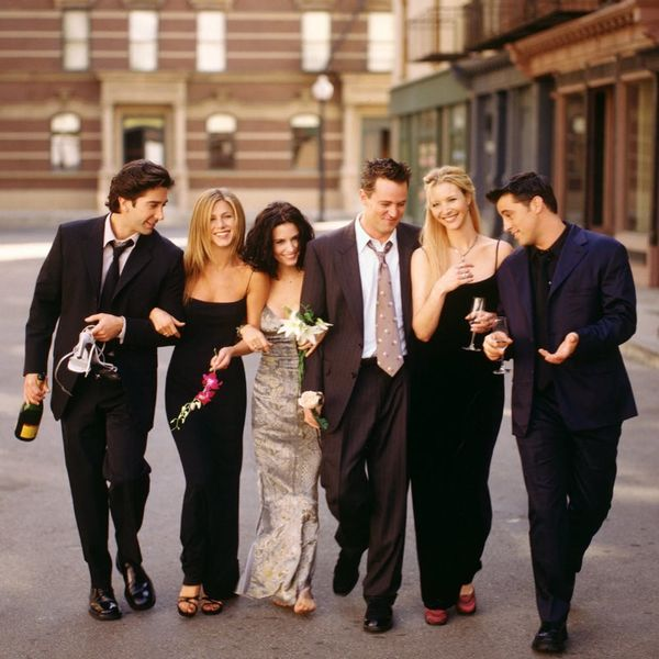 See Which Two Friends Castmates Reunited in London