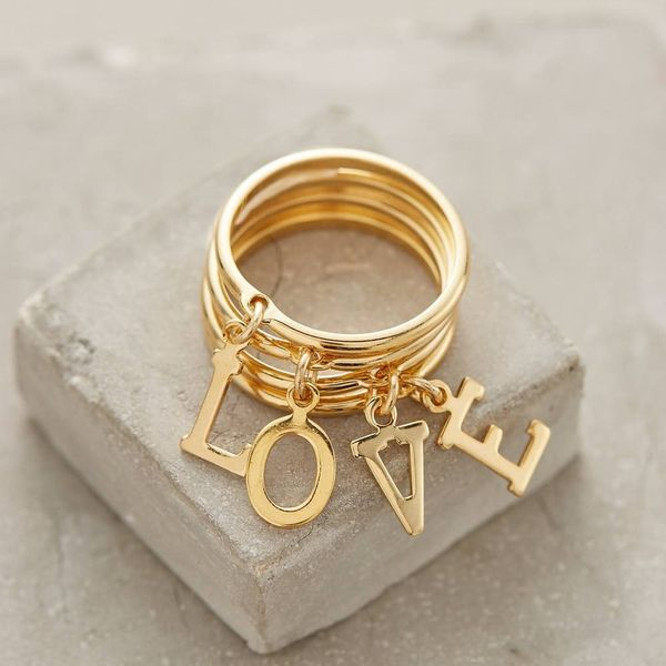 TheMother's Day Gift Guide forExtra-ThoughtfulJewelry