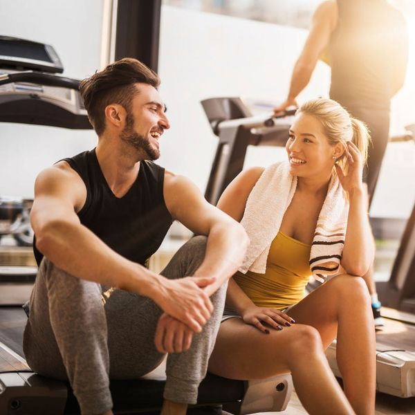 This Is How to Pick Up That Cutie at the Gym