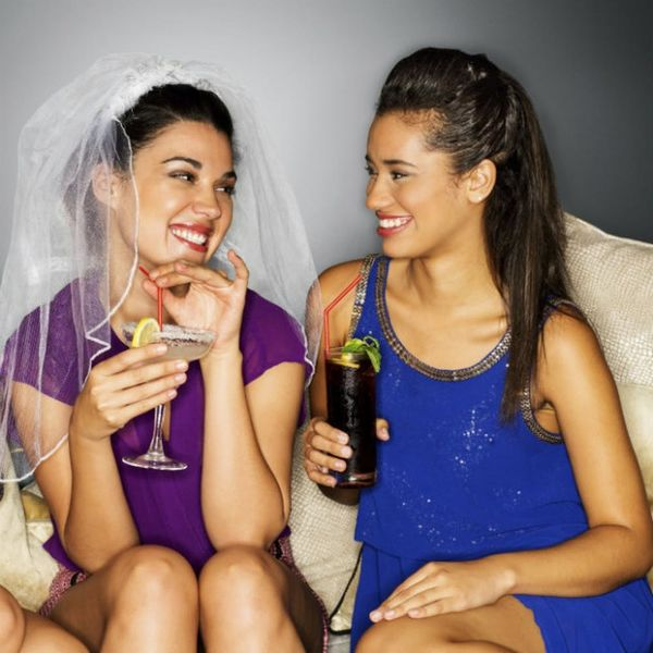 6 Hacks for Eating Healthy at a Bachelorette Party