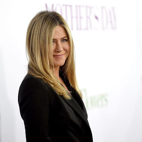 The Real Reason You'll Probably Never See the Olsens or Jen Aniston on Instagram