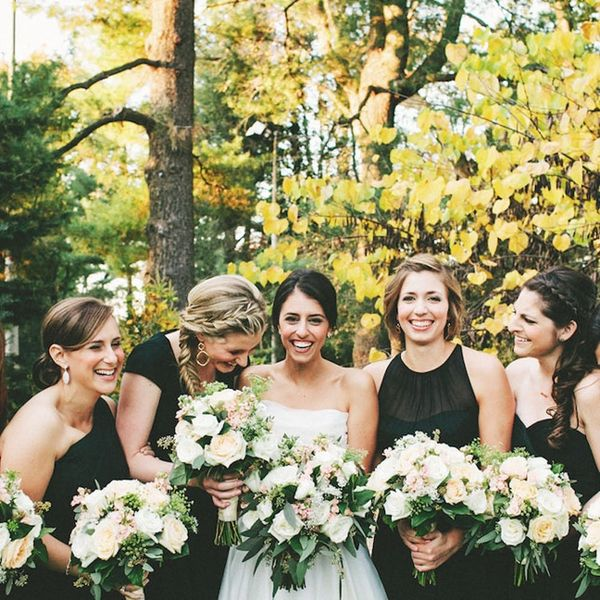 Black and White Details for a Minimalist Wedding