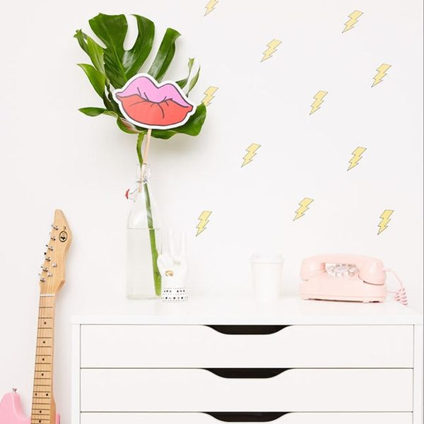 Deck Your Walls With These Betsey Johnson Wallpapers