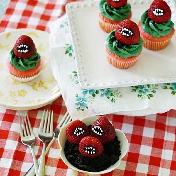 10 Killer Monster Cupcakes to Get You in the Halloween Spirit