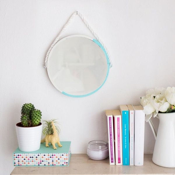 How to Make This Nautical-Inspired Rope Mirror