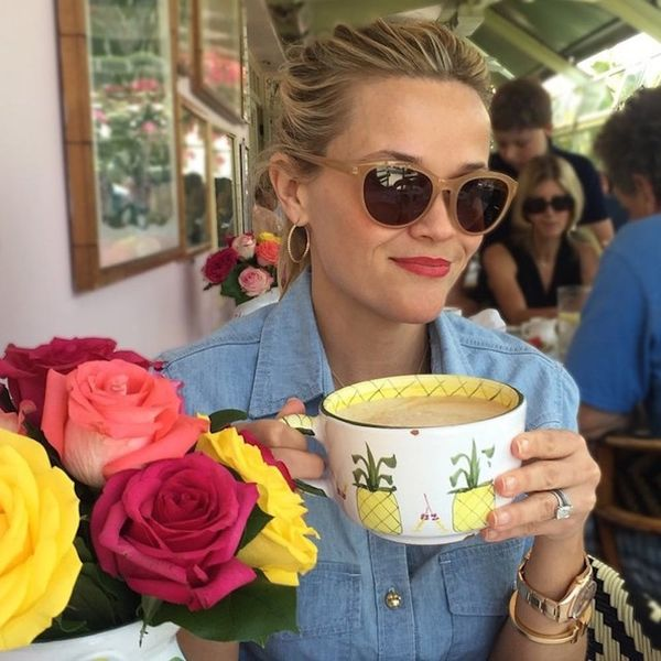How to DIY Reese Witherspoon's Adorable Pineapple Mug