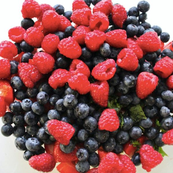 9 Ways to Eat More Berries Right Now