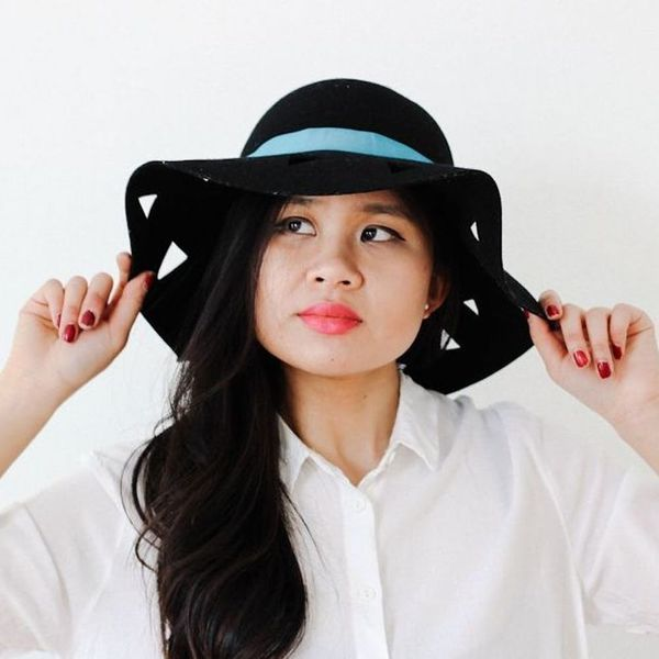 Style Hack: Switch Up a Floppy Hat in 3 Simple Steps