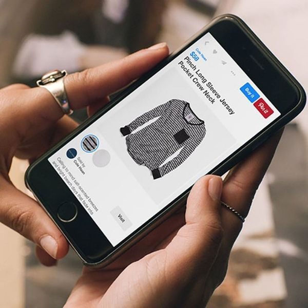 8 Ways Tech Is Completely Changing the Way You Shop for Clothing