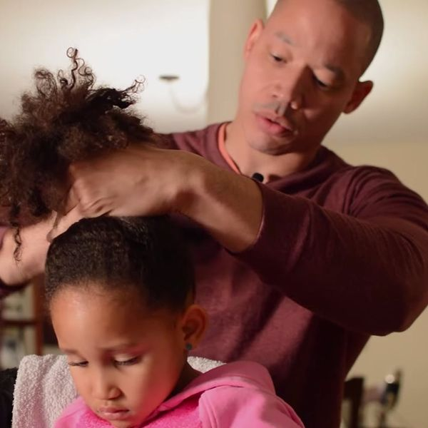 There's a Class for Dads to Learn How to Braid Their Daughters' Hair Now