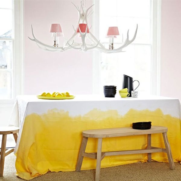Dress Up Your Table With 18 DIY Table Linens