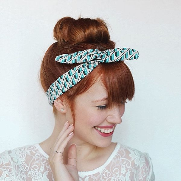 10-Minute DIY: Make a Headband Out of Wire + Fabric Scraps