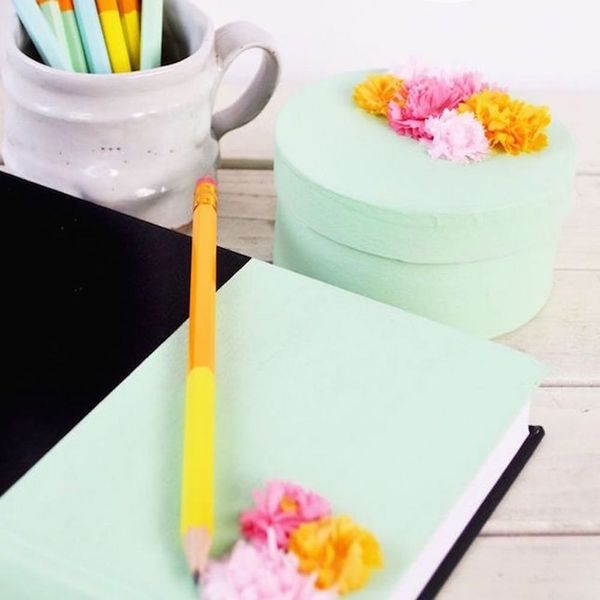 17 Ways to Give Your Workspace a Summer Makeover