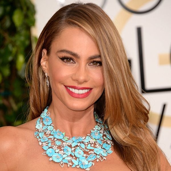 How to Copy Sofia Vergara's Bridesmaid Look for Your BFF's Wedding