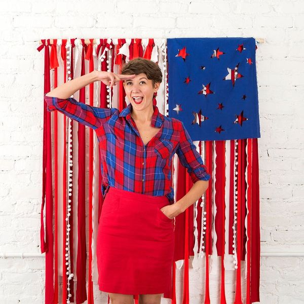Make This Instagram-Worthy Photo Booth Backdrop for Your 4th of July Party