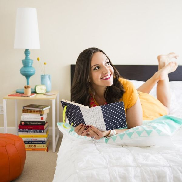 10 Ways to (Actually) Unwind Before Going to Bed