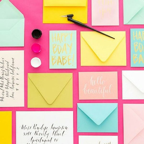 7 Apps That Make Sending Snail Mail Way Easy