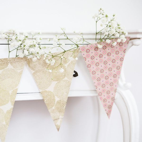 5-Minute DIY: How to Make the Prettiest Party Garland Ever