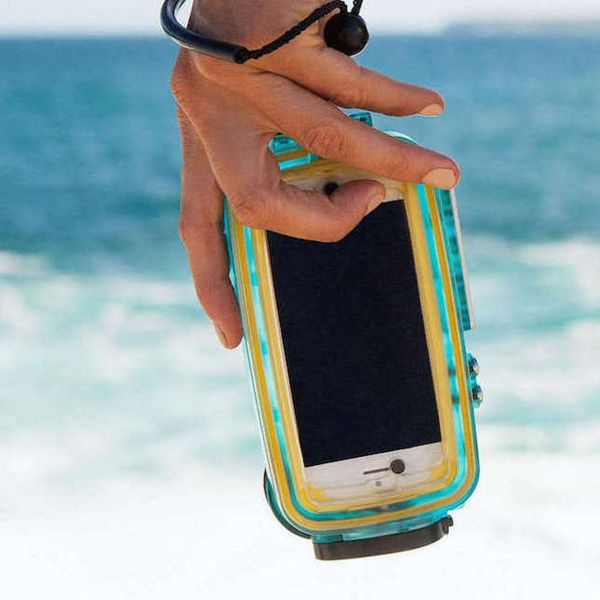 15 Ways to Keep Your Tech Dry at Every Pool Party