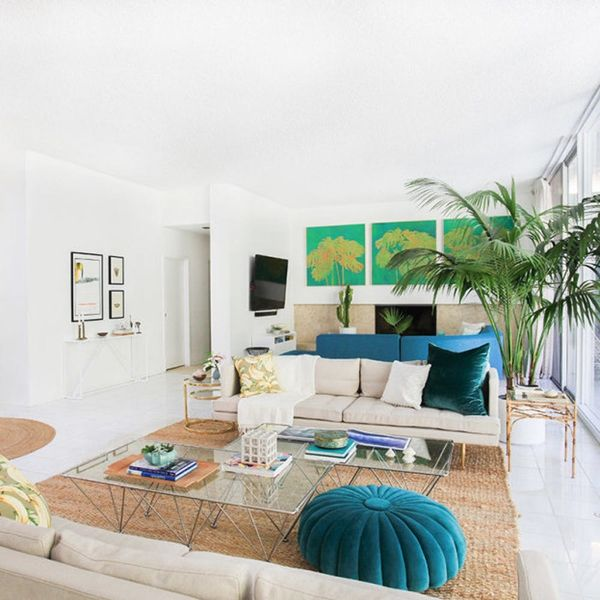 10 Ways to Revitalize Your Living Room This Season