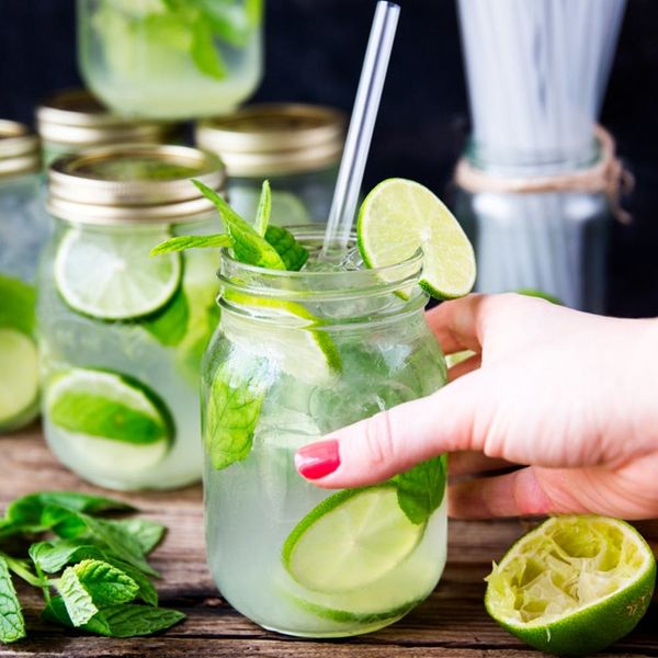 Get the Summer Party Started With This Mason Jar Mojitos Recipe