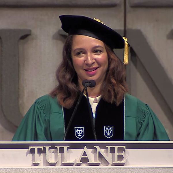5 Life Lessons from Maya Rudolph's Commencement Speech