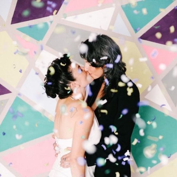18 Photo Booth Backdrops to Buy or DIY for Your Big Day