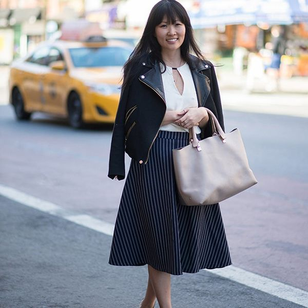 See What This Dating Expert Wears to Work