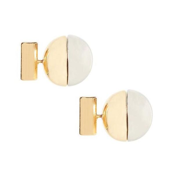 Less = More With These 17 Minimalist Jewelry Pieces