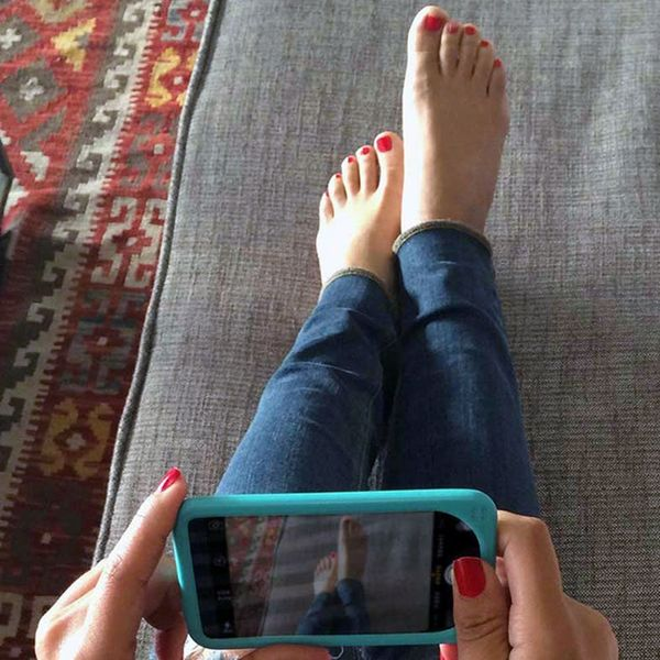 This Is Why People Are Posting Pics of Their Bare Feet on Instagram