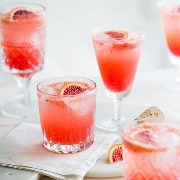 15 Fresh Signature Cocktails for Your Warm-Weather Wedding