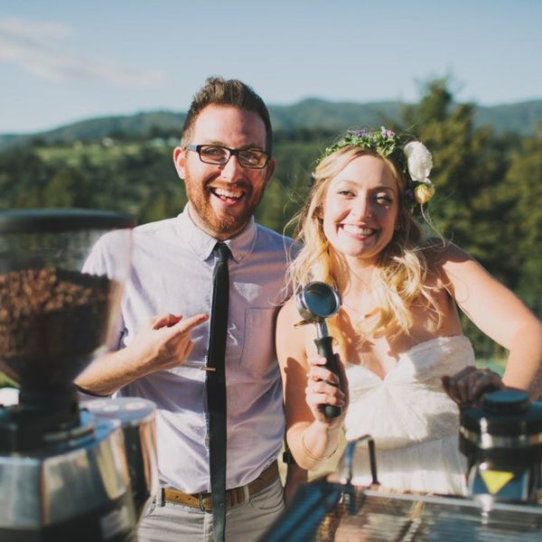 14 Buzz-Worthy Wedding Ideas for Coffee Lovers