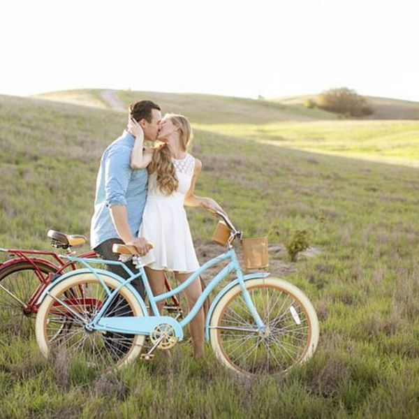 Majorly Creative Date Ideas Inspired by Traditional Anniversary Gifts