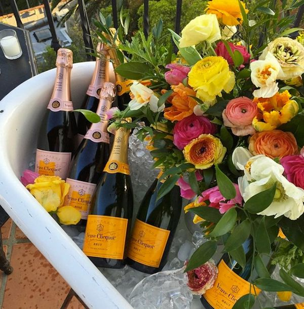 How to Host an Outdoor Party like an Instagram Goddess