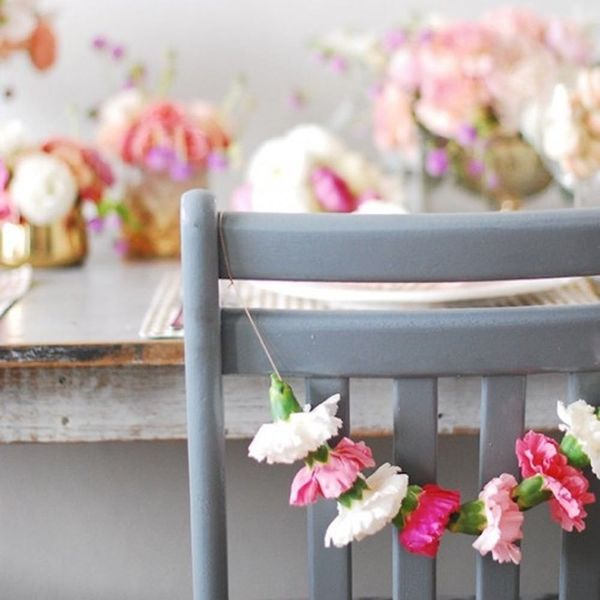 9 New (+ Pretty!) Ways to Decorate With Carnations