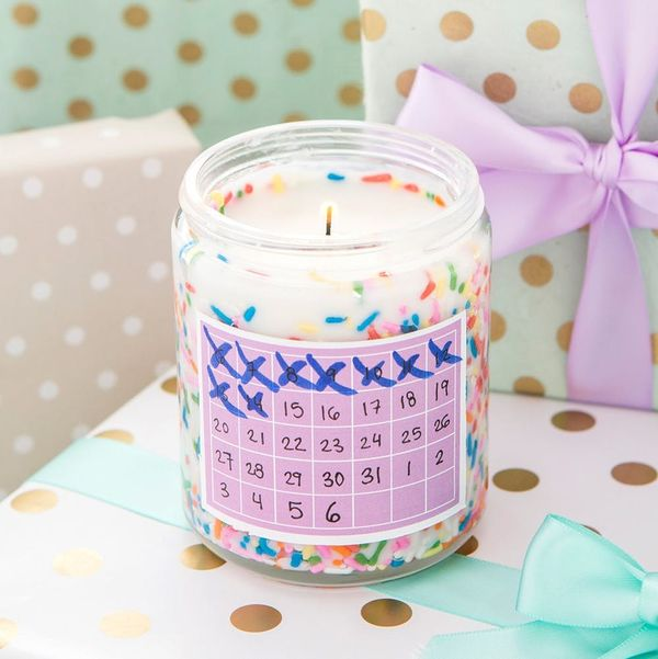 How to Make a Birthday Advent Candle for Your Bestie's Big Day