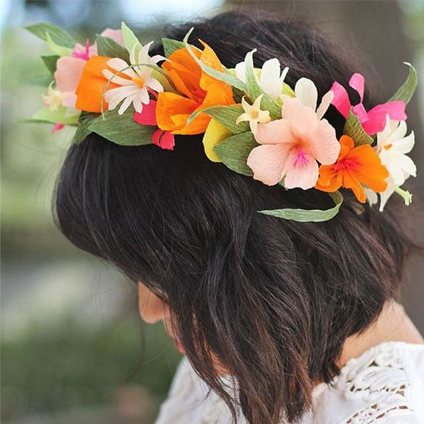 11 Coachella-Approved DIY Paper Flower Crowns