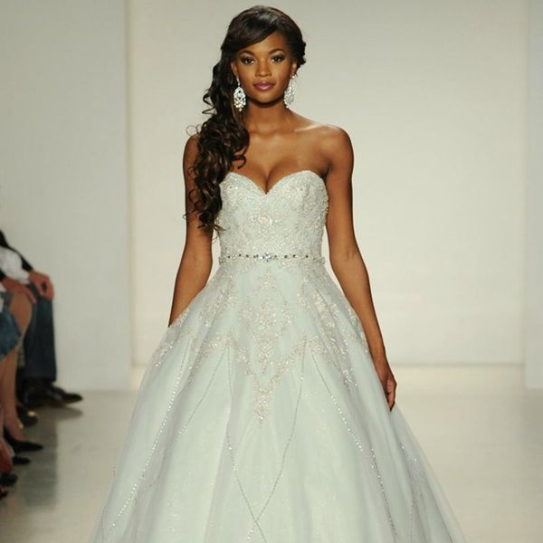 Disney Princess Weddings IRL: 16 Timeless Tiana-Inspired Ideas